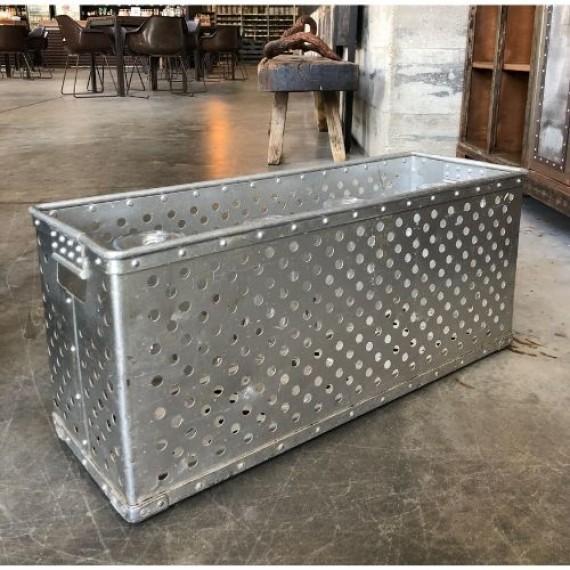 Caixa de Alumínio Vazada